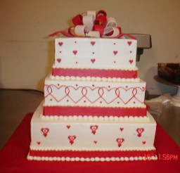 1024x768px Square Valentines Wedding Cake Picture in Wedding Cake
