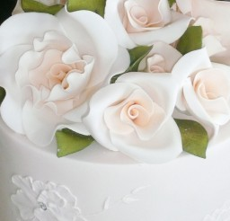 1024x1366px Fondant Wedding Cake Flowers Picture in Wedding Cake